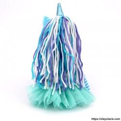 Licorne en tissu bleu - 2 - Poupées Licornes - Licorne en tissu - Oley Ola cie ® bleue yeux fermés -