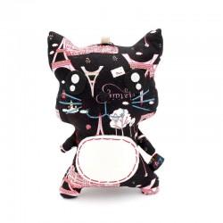 Peluche chat noir avec design tour eiffel rose de face personnalisable avec un nom